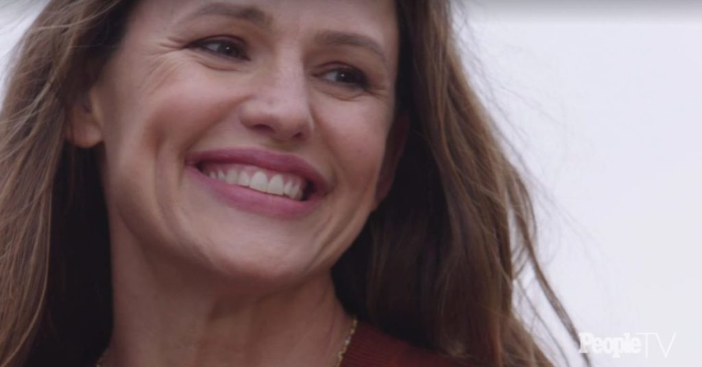 Дженнифер Гарнер (Jennifer Garner) названа самой красивой женщиной 2019 года.